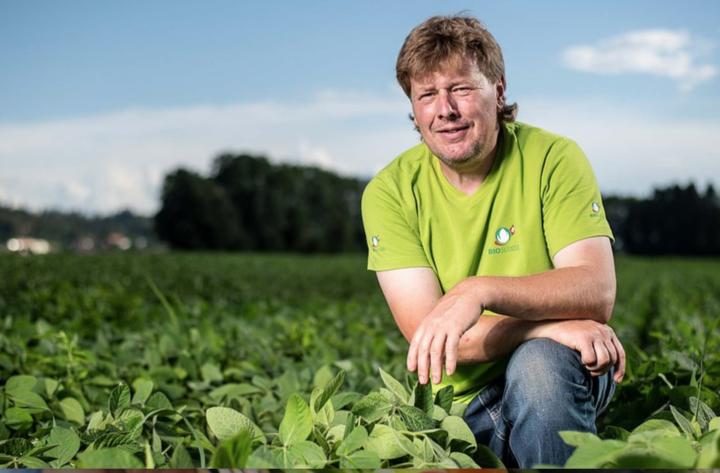 Première ferme biocyclique végétalienne certifiée en Suisse